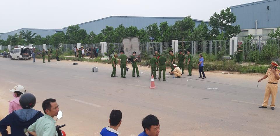 Tai nạn kinh hoàng khiến 3 người thương vong tại Vĩnh Phúc  - Ảnh 1.