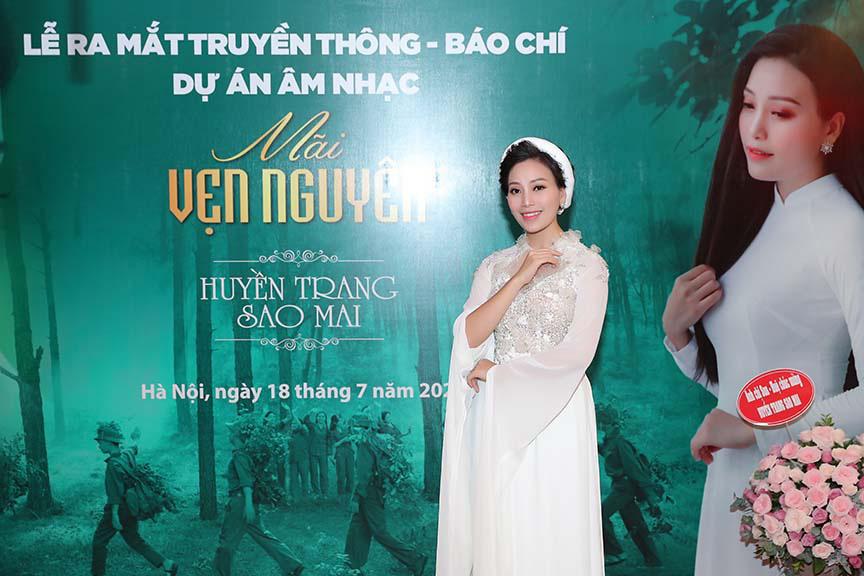 Xúc động với 3 MV tri ân các anh hùng liệt sĩ của ca sĩ Huyền Trang   - Ảnh 4.
