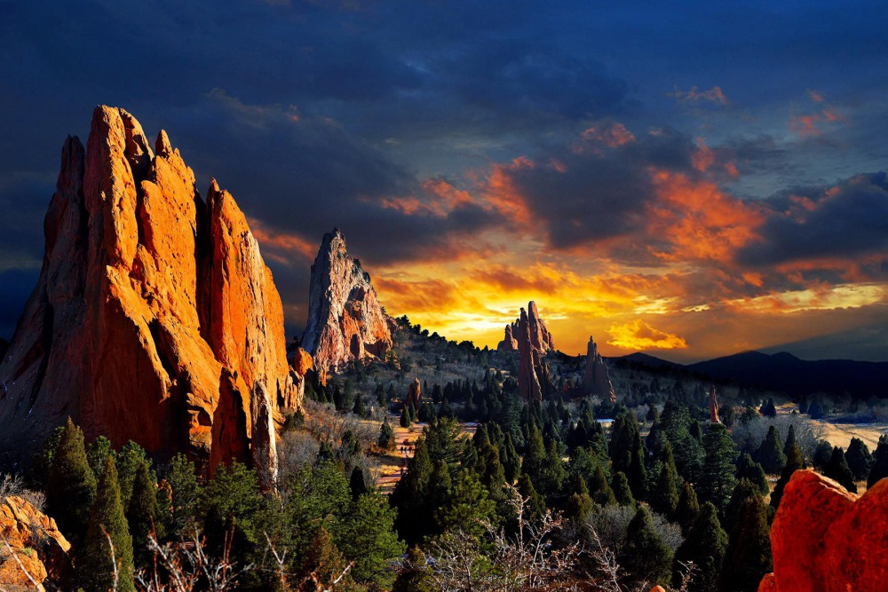 10 kỳ quan thiên nhiên phải đến trong đời trên đất Mỹ - Ảnh 1.