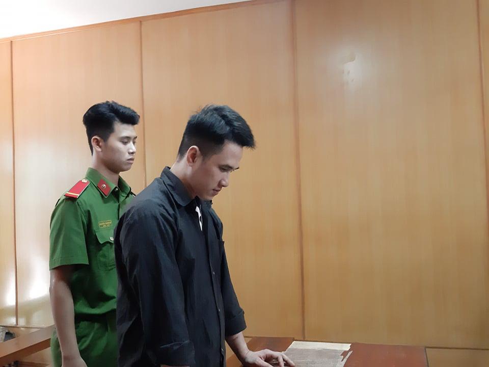 Phẫn nộ với lời khai của kẻ sát nhân đoạt mạng 3 người thân sau khi sử dụng ma túy - Ảnh 1.