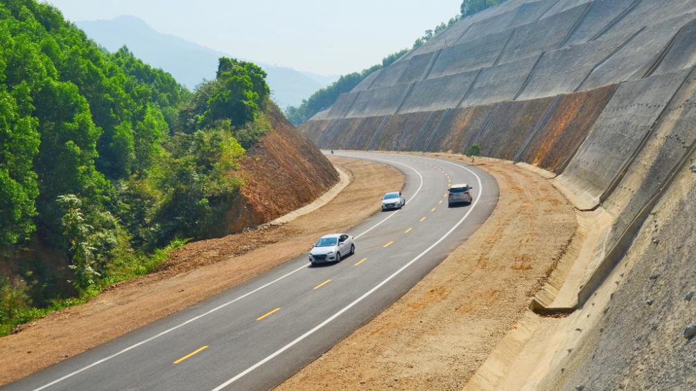 Hồ sơ đấu thầu 3 dự án cao tốc Bắc – Nam được bảo mật, Bộ Công an tham gia giám sát - Ảnh 1.