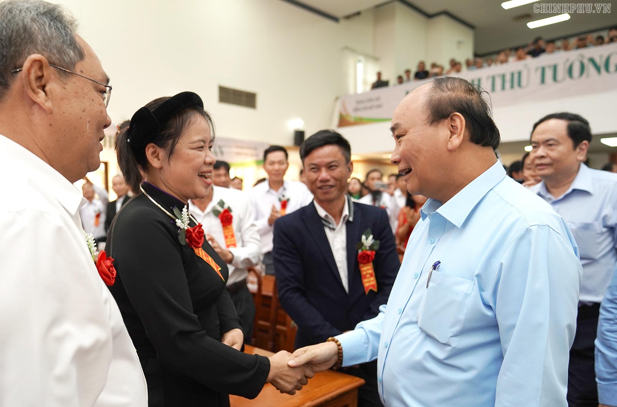 Thủ tướng đối thoại với nông dân lần thứ 3 tại Đắk Lắk - Ảnh 1.