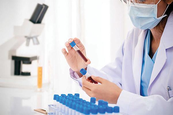 Ám ảnh những nỗi đau từ phòng xét nghiệm ADN - Ảnh 1.