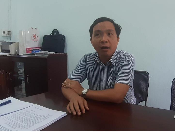 """Quảng Nam: Cầu 150 tỷ xây 4 năm ì ạch, dân """"nhắm mắt"""" ở nhà nứt toác - Ảnh 6."""