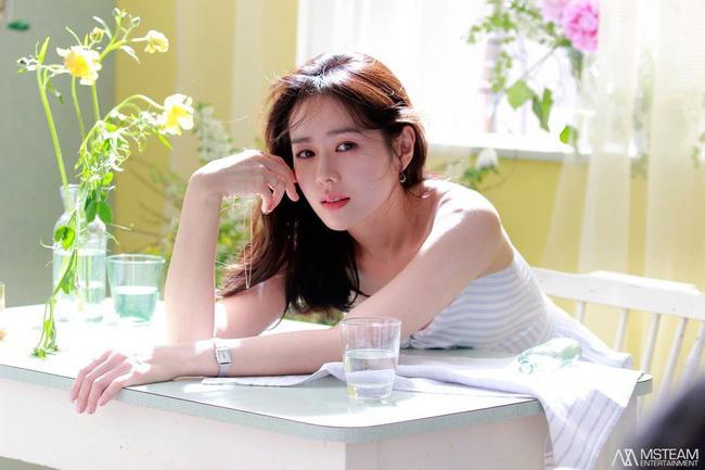 """Clip Son Ye Jin gây """"sốt"""" vì khoe cận mặt xinh đúng đẳng cấp """"mỹ nhân đẹp nhất thế giới"""" - Ảnh 7."""