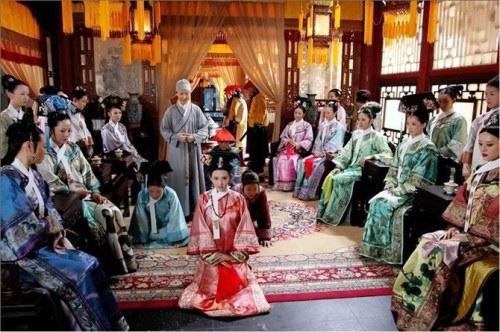 Phận đời dang dở, khổ cực và cô độc của cung nữ Trung Quốc - Ảnh 2.