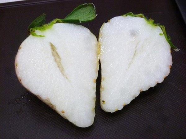Những trái cây có màu sắc cực dị ẩn chứa bí mật gây sốc - Ảnh 11.