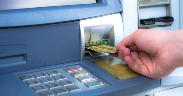 """Lỗ hổng thất thoát"""" trong giao dịch ngân hàng - Ảnh 1."""