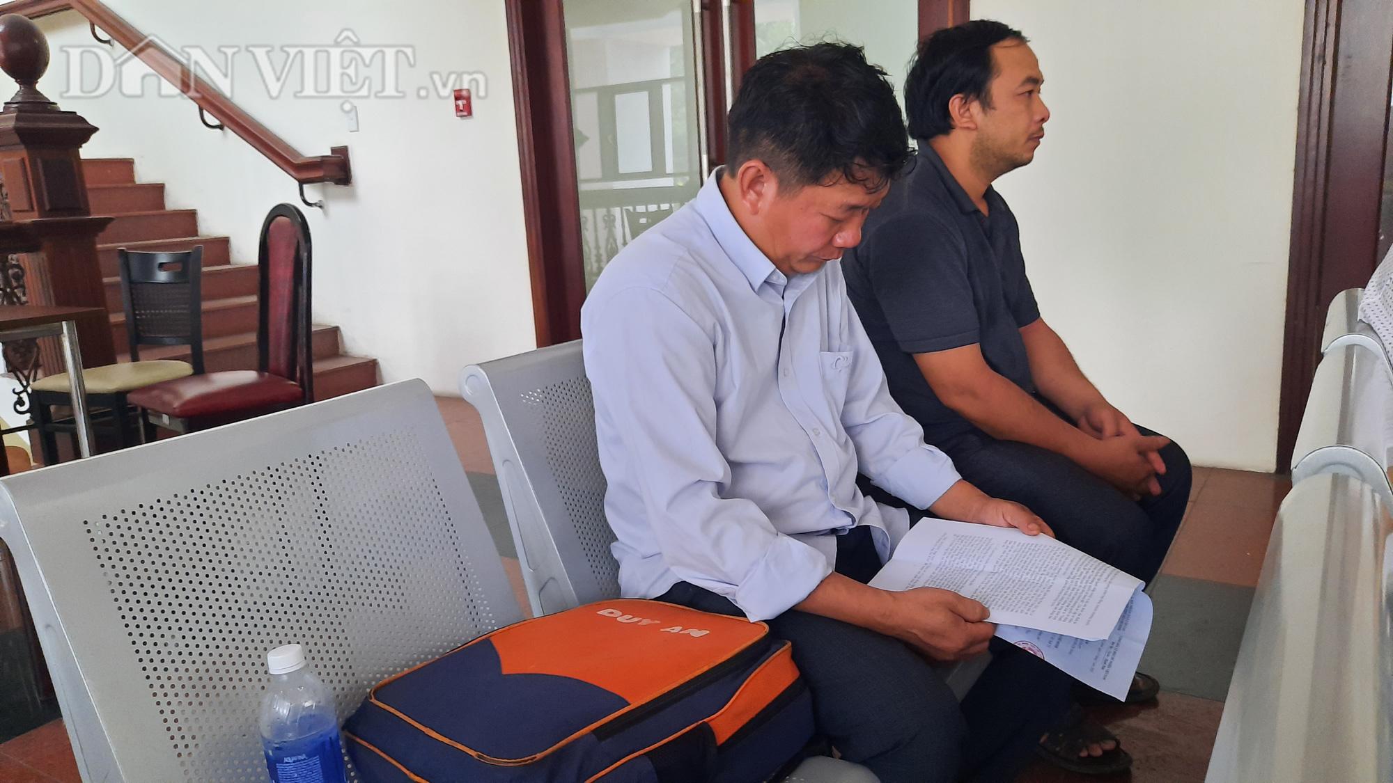 Vụ định nhảy lầu tự tử tại TAND TP.HCM: Quyết định của phiên giám đốc thẩm hợp tình, hợp lý - Ảnh 4.
