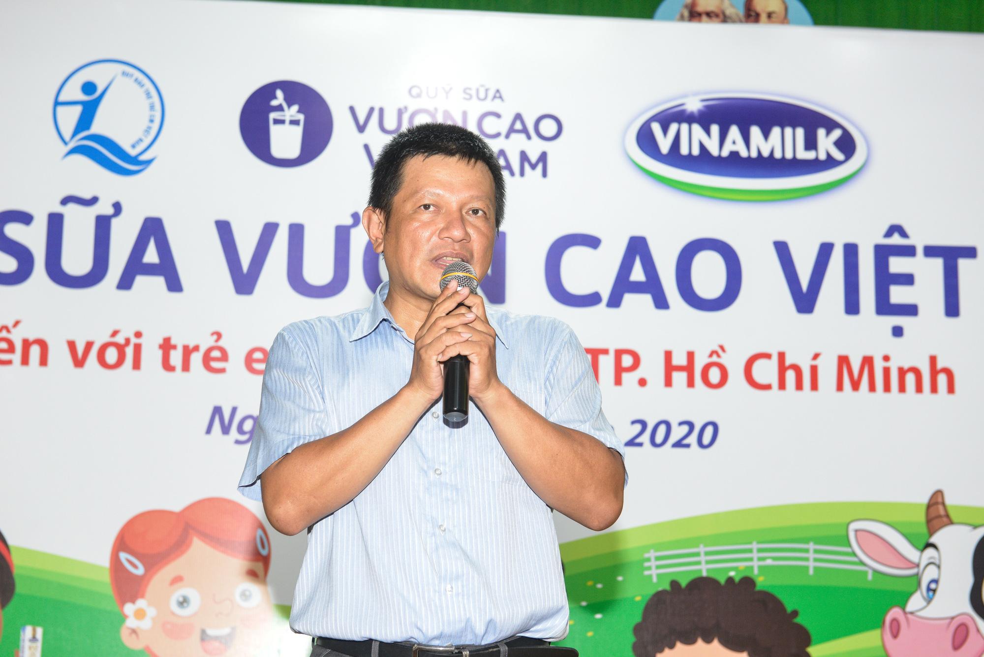 Quỹ sữa Vươn cao Việt Nam đến với trẻ khó khăn TP.HCM - Ảnh 3.