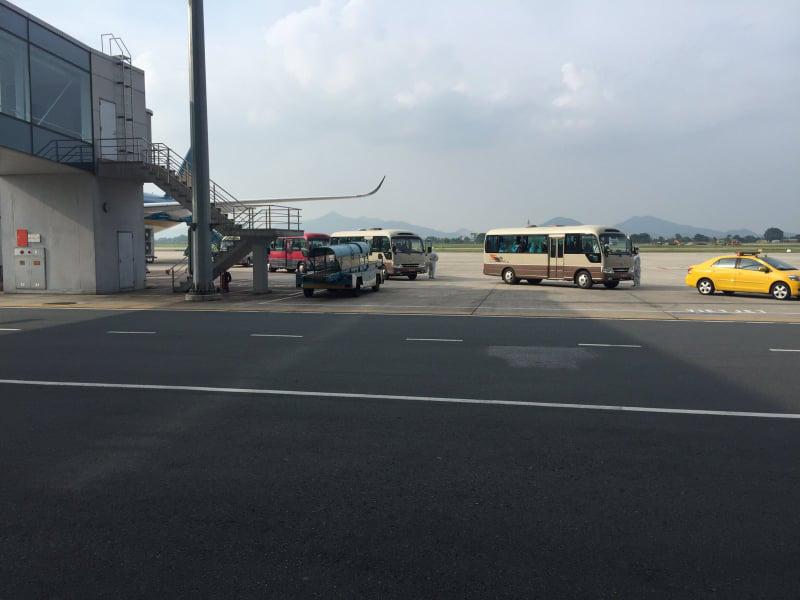Chuyến bay chở 219 công dân tại Guinea Xích đạo về nước an toàn - Ảnh 4.