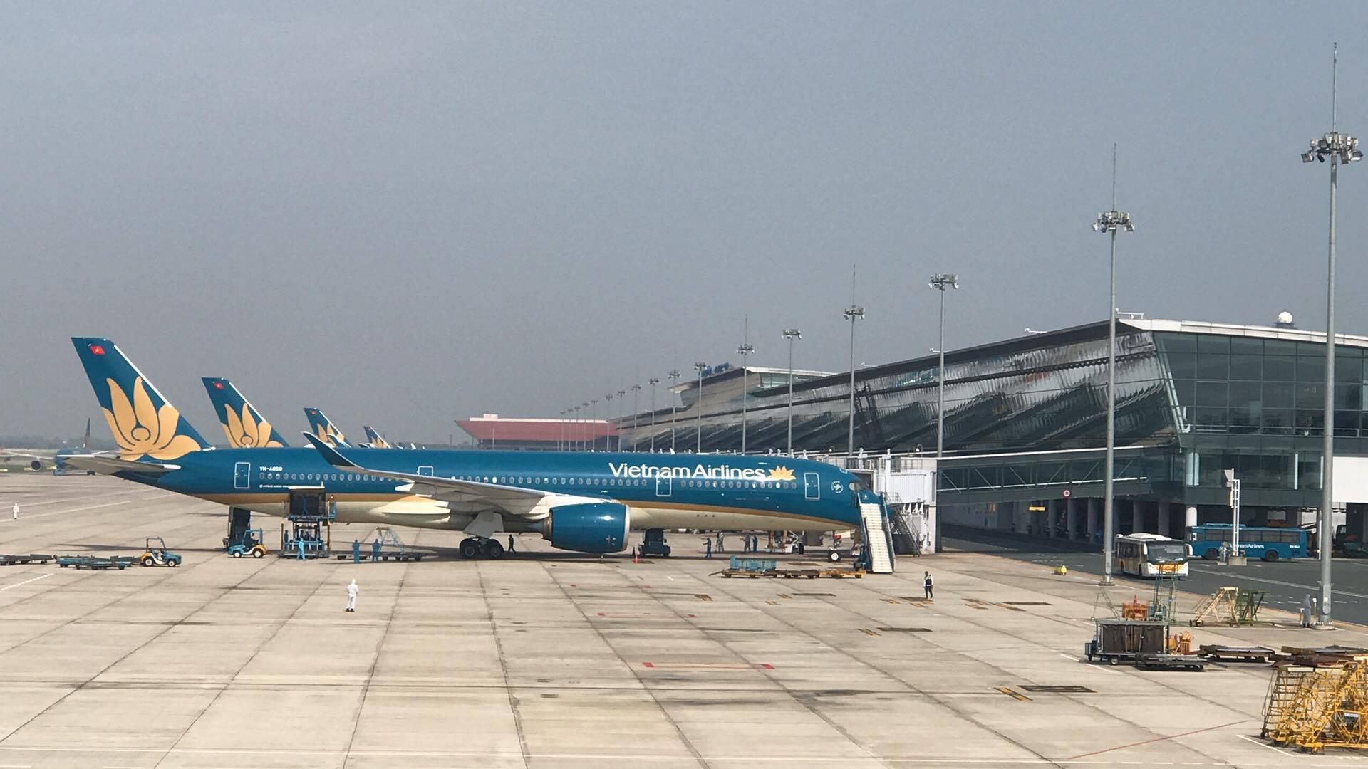 Chuyến bay chở 219 công dân tại Guinea Xích đạo về nước an toàn - Ảnh 6.