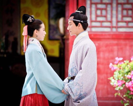 Hoàng đế chung thủy nhất nhì TQ: Phá vỡ điều lệ thị tẩm nghiêm ngặt này chỉ vì chiều vợ - Ảnh 3.