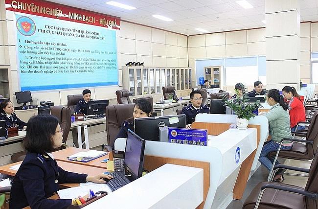Hải quan Quảng Ninh thu ngân sách 6 tháng đạt hơn 6.700 tỷ đồng  - Ảnh 1.