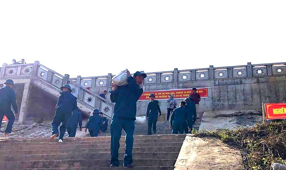 Lạng Sơn: Hơn 108.000 con cá giống được thả xuống sông Kỳ Cùng  - Ảnh 4.