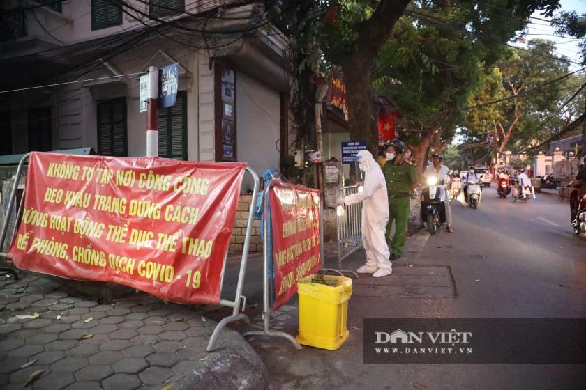 Hà Nội: Dỡ phong toả ngõ 466 Hoàng Hoa Thám - Ảnh 2.