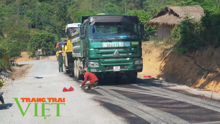 Điện Biên: Thông đường sau những cơn mưa - Ảnh 4.