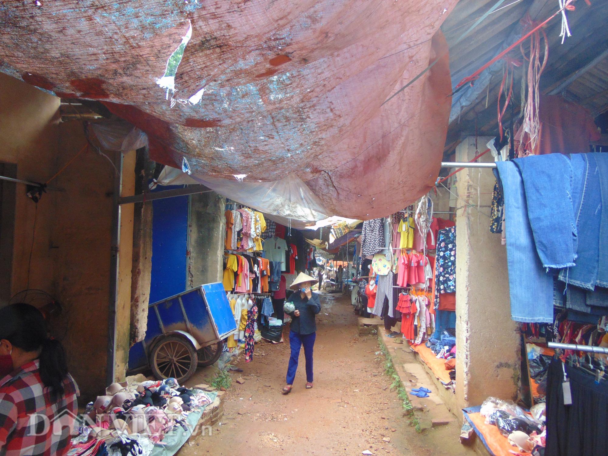 Thái Nguyên: Vụ thu phí trái quy định tại chợ Long Thành, bao giờ có kết luận chính thức? - Ảnh 2.