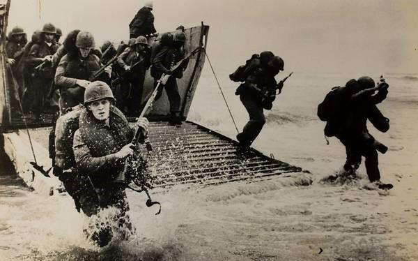 Loạt ảnh hiếm chiến tranh Việt Nam chụp giữa bom rơi đạn lạc - Ảnh 3.
