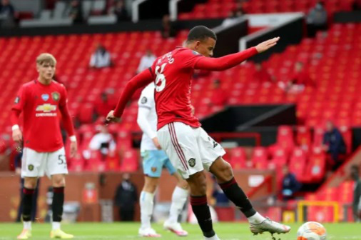 Top 5 cầu thủ trẻ ấn tượng của Premier League - Ảnh 4.