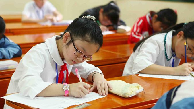 Sở GDĐT Hà Nội công bố điểm chuẩn vào lớp 6 hệ đào tạo song bằng - Ảnh 1.
