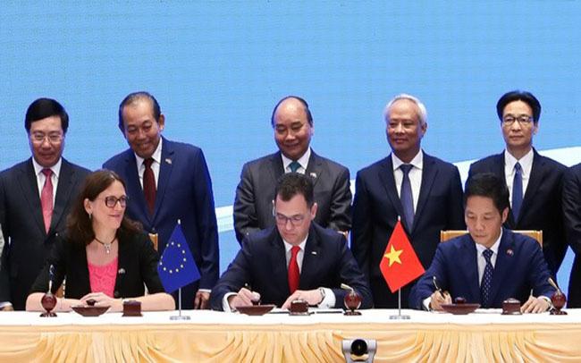 Nhìn lại chặng đường một thập kỷ Hiệp định EVFTA - Ảnh 1.