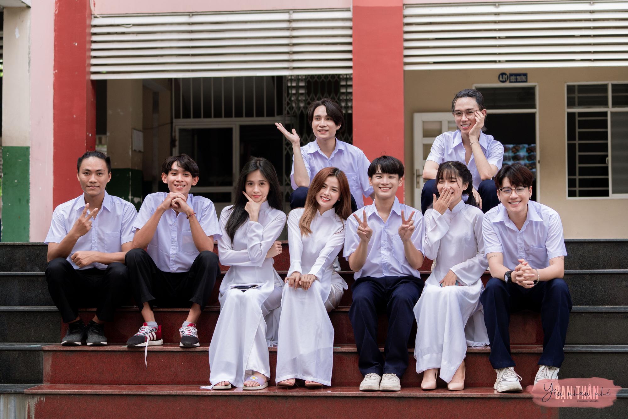 """Phạm Đình Thái Ngân trở lại đường đua Vpop với MV """"Yêu nhau nhé bạn thân"""" - Ảnh 4."""
