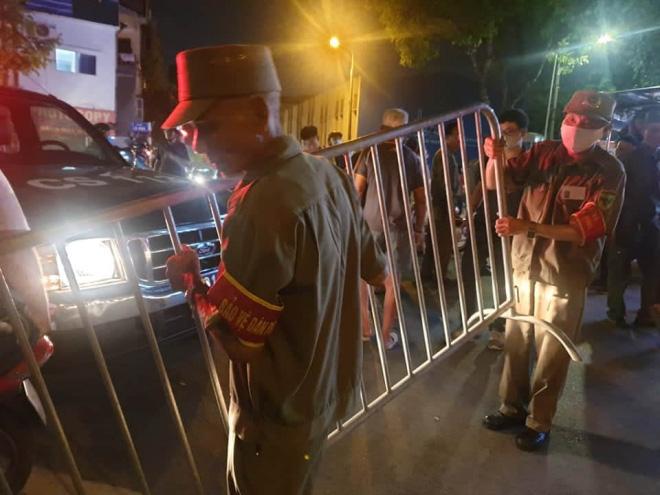 Vụ sập giàn giáo tại Hà Nội: Đã có 4 người tử vong - Ảnh 3.