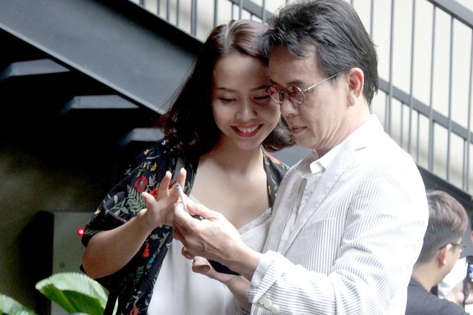 Cuộc sống nhạc sĩ Đức Huy với vợ trẻ 9X xinh đẹp, kém 44 tuổi giờ ra sao?  - Ảnh 2.