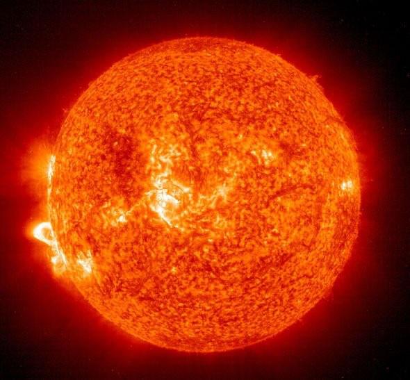 NASA cảnh báo về một cơn bão Mặt trời sắp xảy ra có thể hủy diệt Trái đất - Ảnh 3.