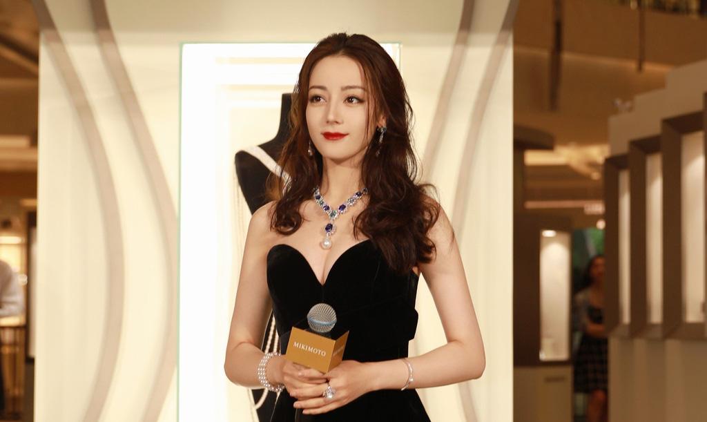 """""""Bỏng mắt"""" ngắm mỹ nhân phim cổ trang Trung Quốc mặc quyến rũ hút mắt đời thường - Ảnh 7."""