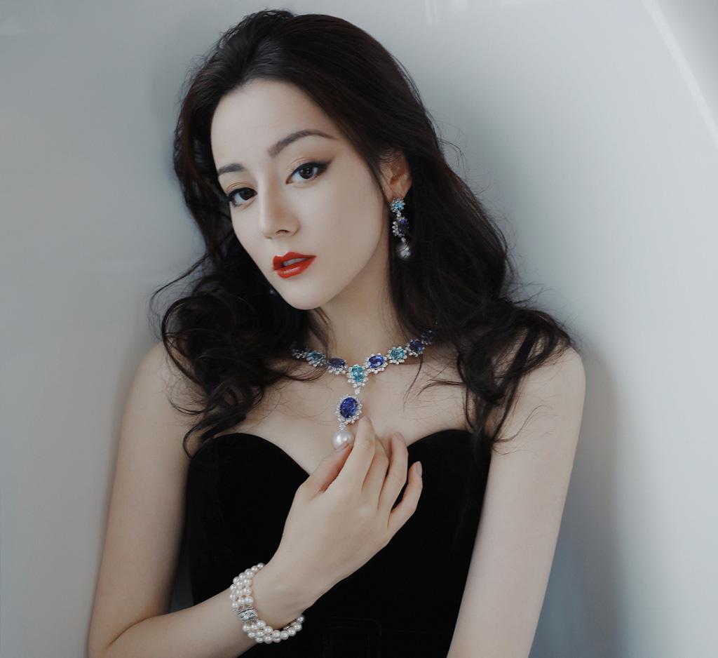 """""""Bỏng mắt"""" ngắm mỹ nhân phim cổ trang Trung Quốc mặc quyến rũ hút mắt đời thường - Ảnh 5."""