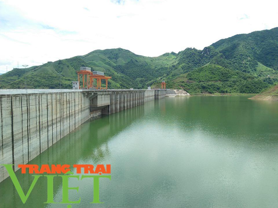 Sơn La: Khai thác tiềm năng du lịch lòng hồ thuỷ điện - Ảnh 5.