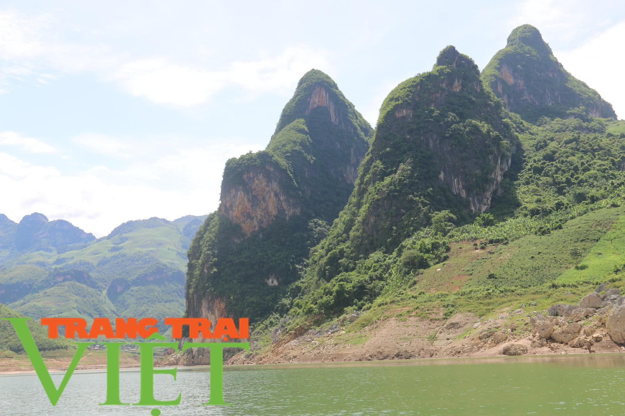 Sơn La: Khai thác tiềm năng du lịch lòng hồ thuỷ điện - Ảnh 2.