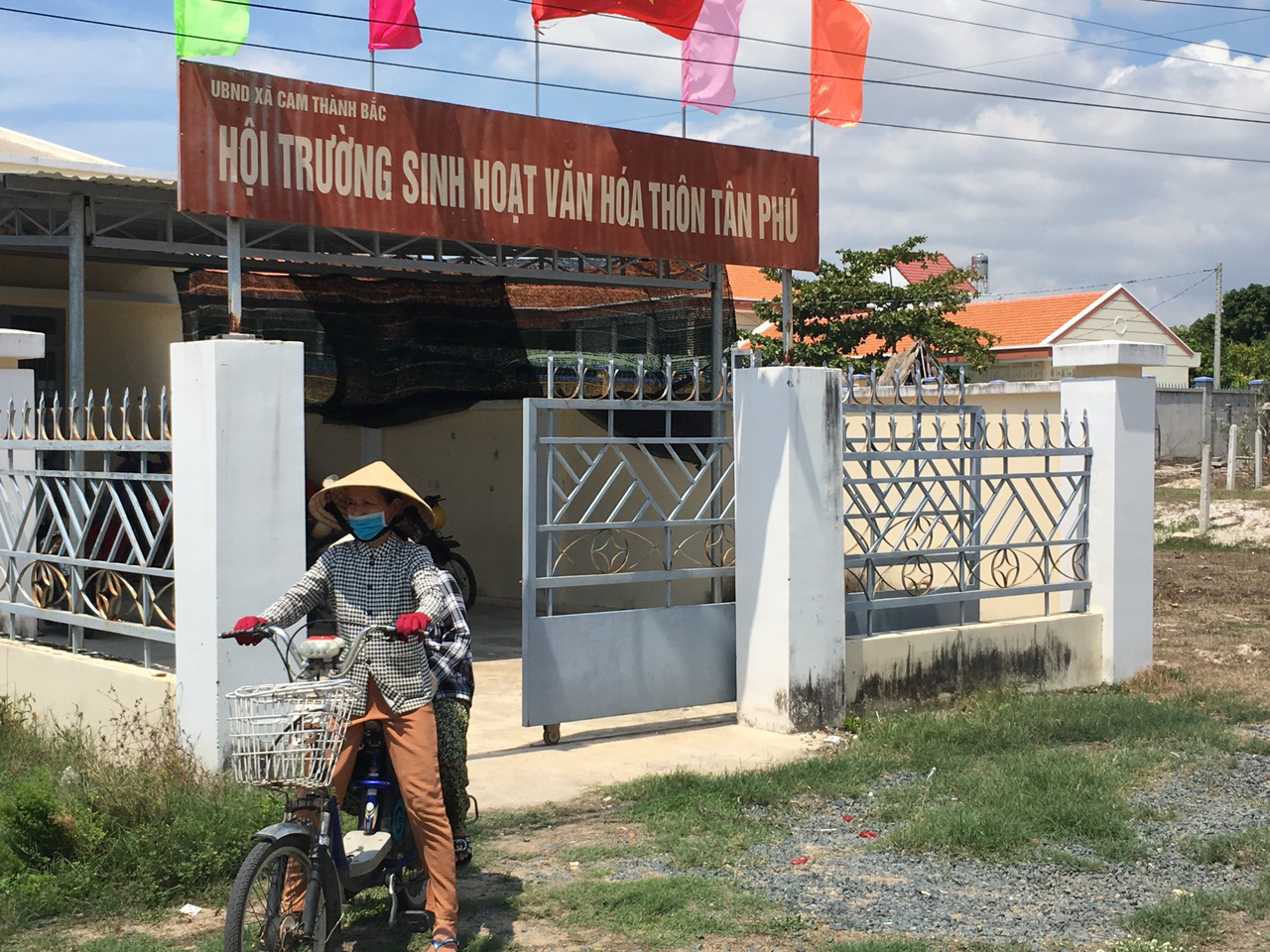 Khánh Hòa: Một doanh nghiệp bị tạm dừng phát quà tri ân cho người dân  - Ảnh 1.