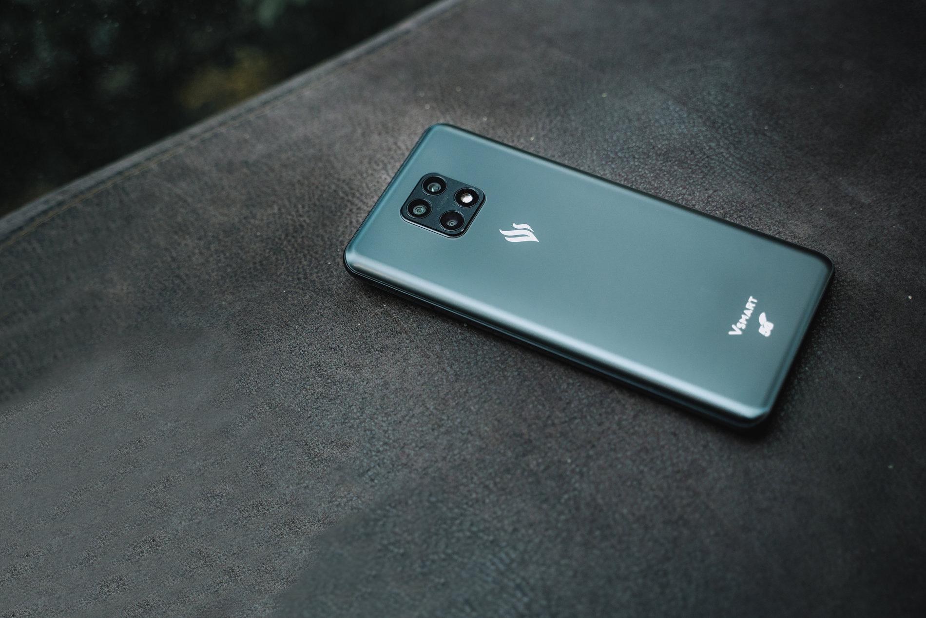 VinSmart phát triển thành công điện thoại 5G tích hợp giải pháp bảo mật sử dụng công nghệ điện toán lượng tử - Ảnh 2.