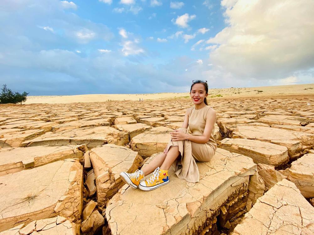 """Bình Định: Sự thật về """"sa mạc đất nứt toác"""" độc, lạ khiến giới trẻ sốt rần rần - Ảnh 2."""