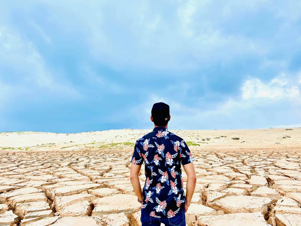 """Bình Định: Sự thật về """"sa mạc đất nứt toác"""" độc, lạ khiến giới trẻ sốt rần rần - Ảnh 3."""