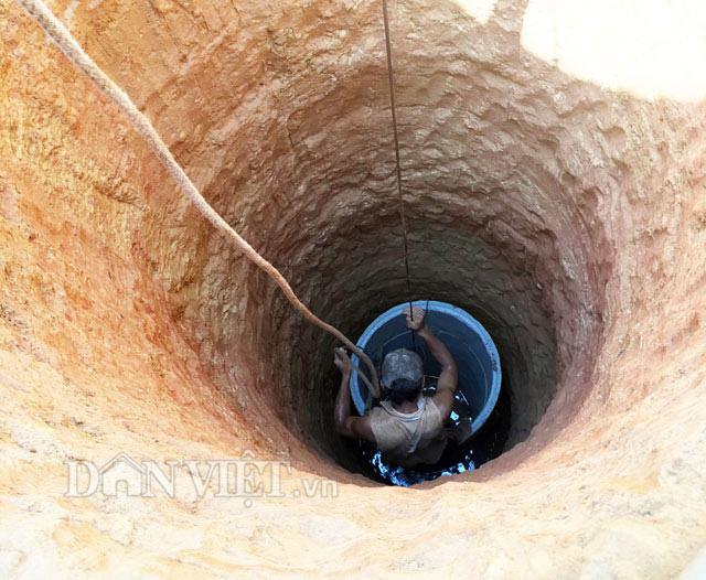 Quảng Ngãi: Thị xã chi tiền tỷ ngân sách đào giếng lấy nước sinh hoạt cho dân  - Ảnh 4.
