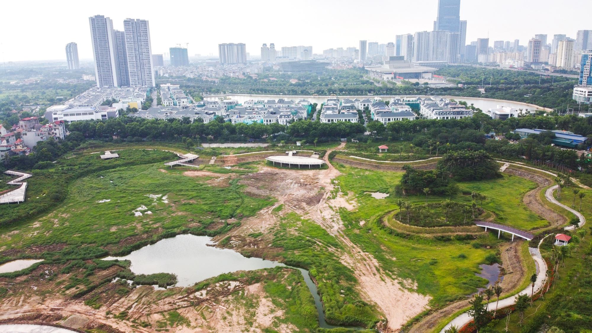 Công viên điều hòa Phùng Khoang nằm im sau 4 năm động thổ - Ảnh 2.