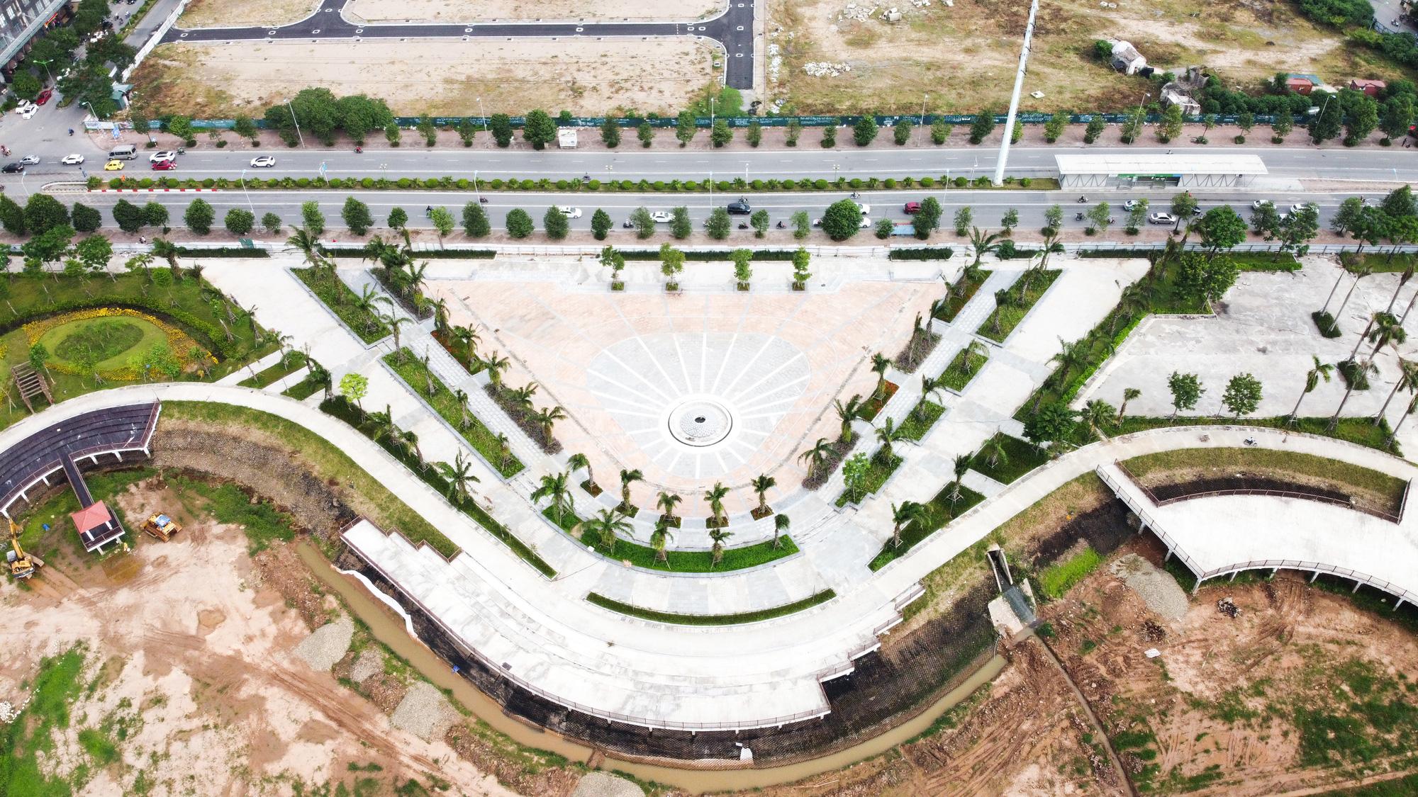 Công viên điều hòa Phùng Khoang nằm im sau 4 năm động thổ - Ảnh 9.