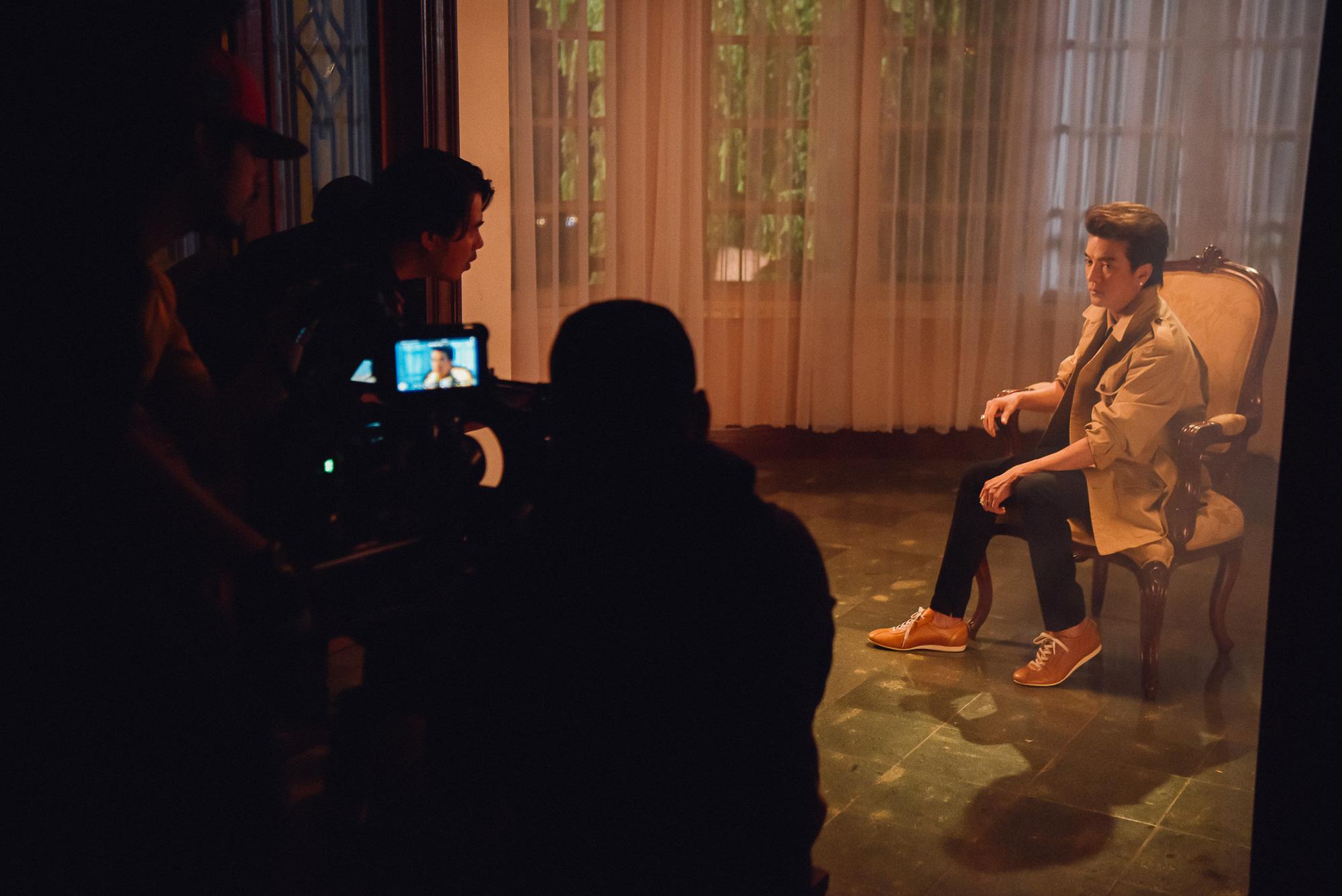 Lý Nhã Kỳ tái xuất trong MV gay cấn như phim hành động của Đàm Vĩnh Hưng  - Ảnh 2.