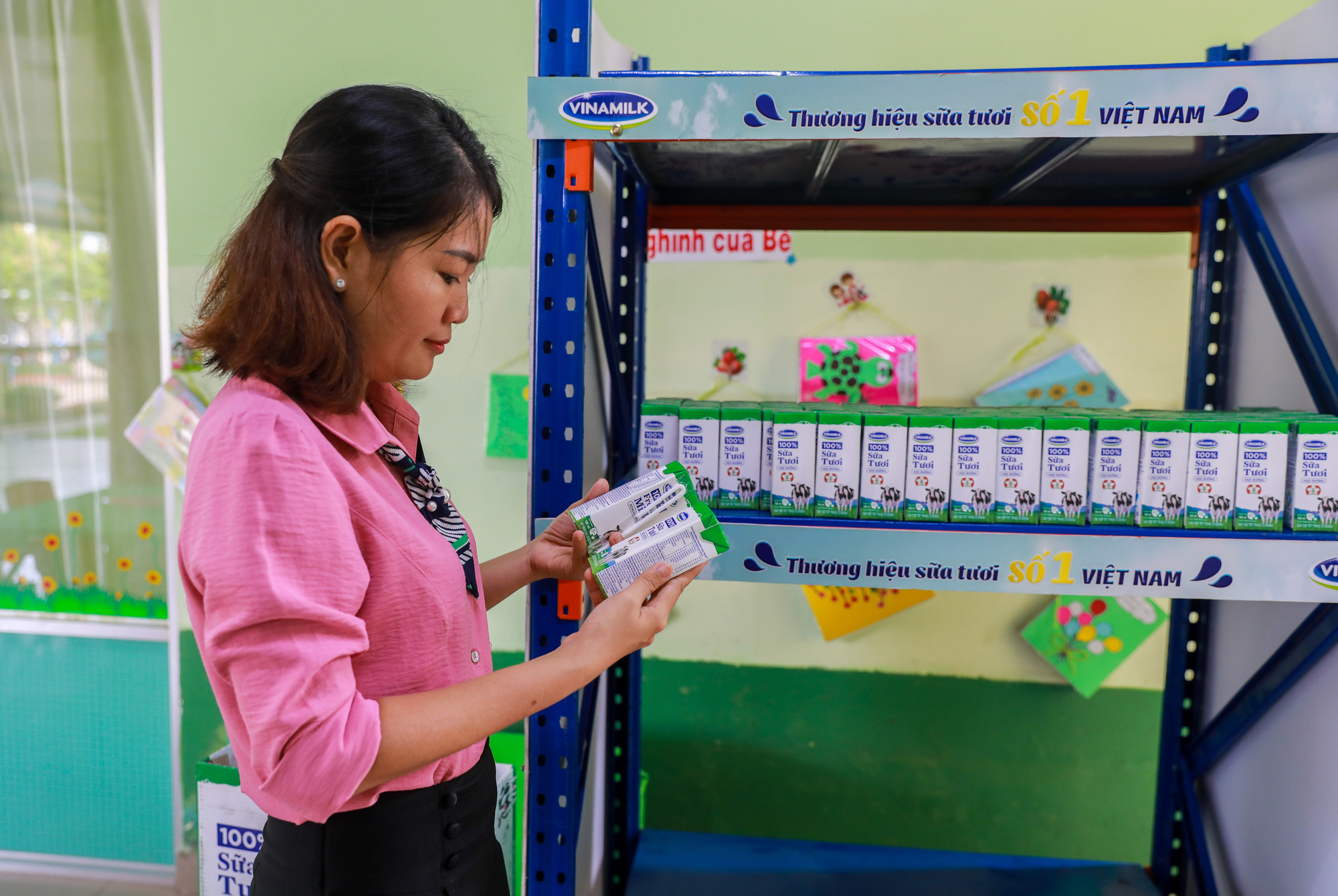 """Những giờ uống sữa """"vui khoẻ, an toàn"""" của học sinh TP.HCM - Ảnh 10."""