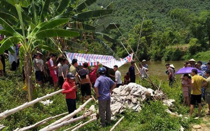Thi thể 3 thiếu nữ nổi trên sông sau 1 ngày không về nhà - Ảnh 1.