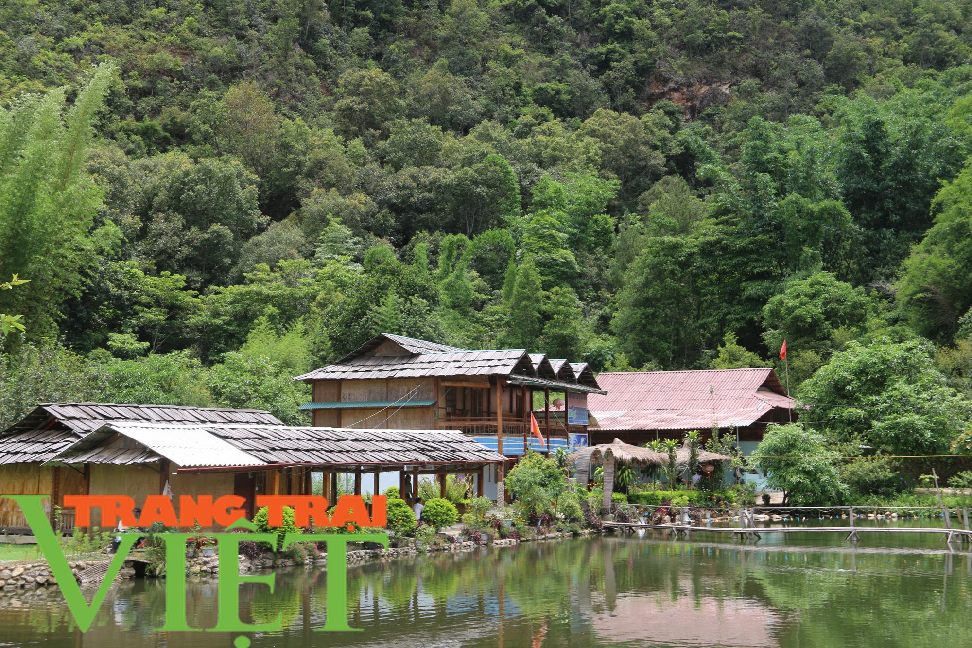 Trải nghiệm du lịch cộng đồng homestay Ngọc Chiến - Ảnh 1.