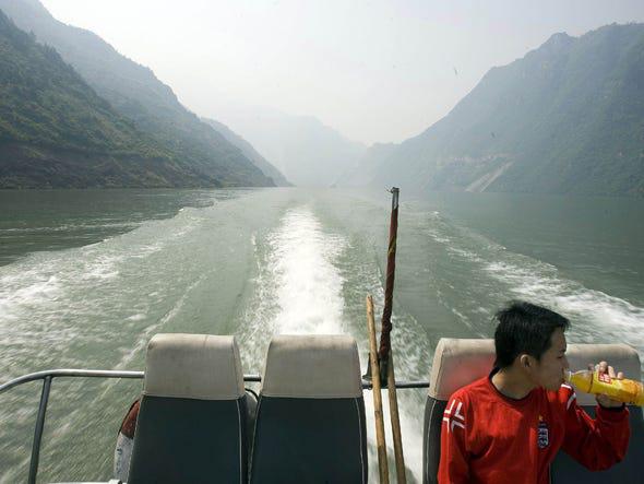 Thực hư đập Tam Hiệp liên quan đến động đất Tứ Xuyên khiến 87.000 người thiệt mạng - Ảnh 10.