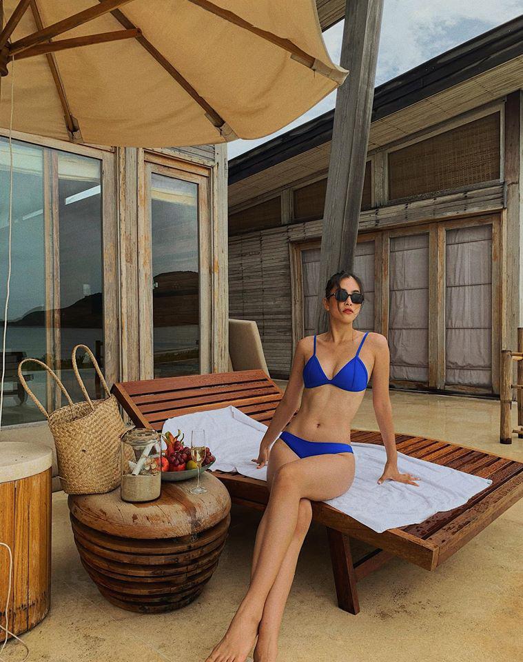 HOT showbiz: Trần Tiểu Vy mặc bikini ở bể bơi, dẫn đầu hội mỹ nhân quyến rũ hút mắt - Ảnh 2.