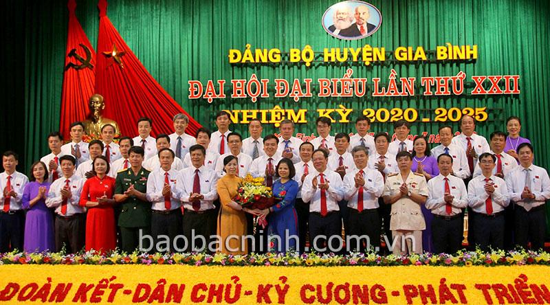 Đại hội Đảng bộ huyện Gia Bình (Bắc Ninh): Bà Nguyễn Thị Hà tái cử Bí thư Huyện ủy - Ảnh 1.