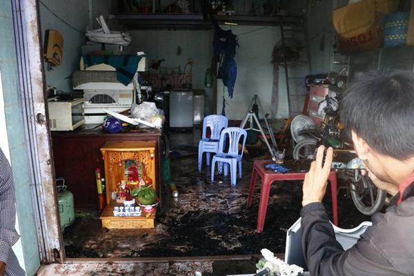 Vụ cháy tiệm cầm đồ, 3 người chết: Chia sẻ rợn người của nghi phạm - Ảnh 1.