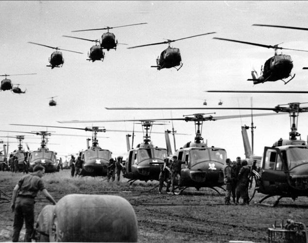 Vì sao trực thăng Mỹ lại mong manh, yếu ớt ở chiến trường Việt Nam? - Ảnh 5.
